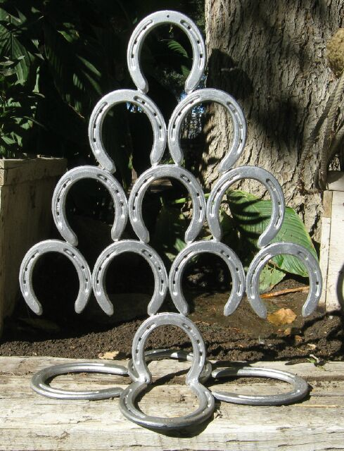 Horseshoe Christmas Tree For Sale.Horseshoe Art